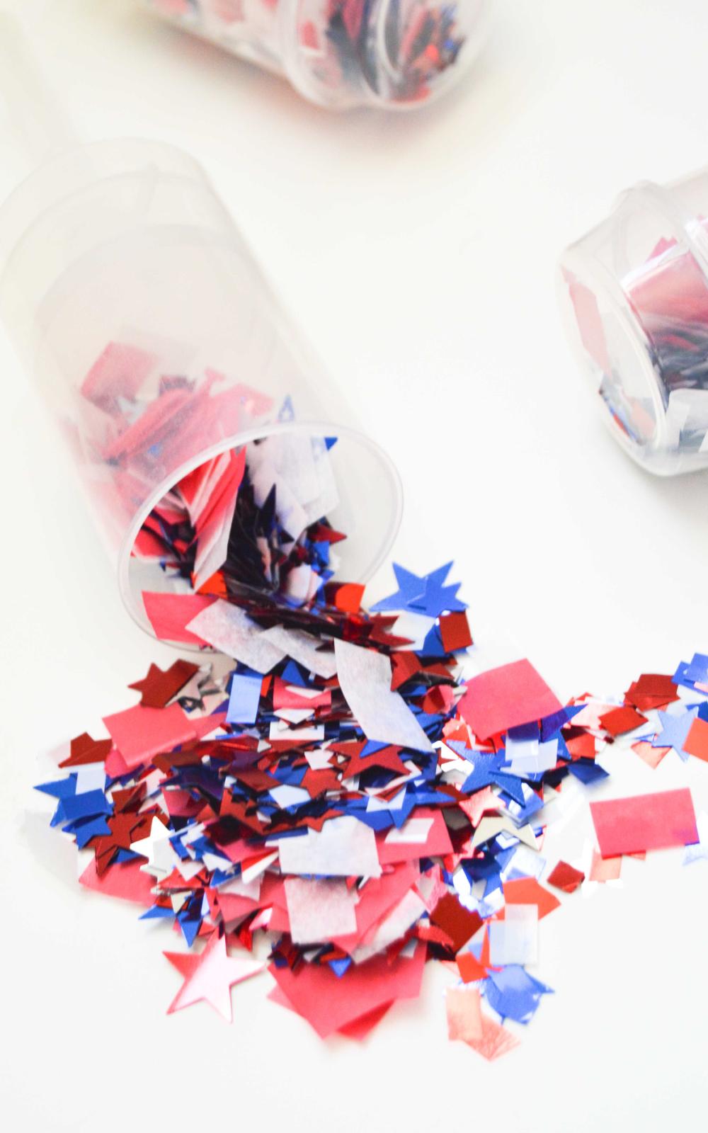 DIY Confetti Bombs / www.clubcrafted.com