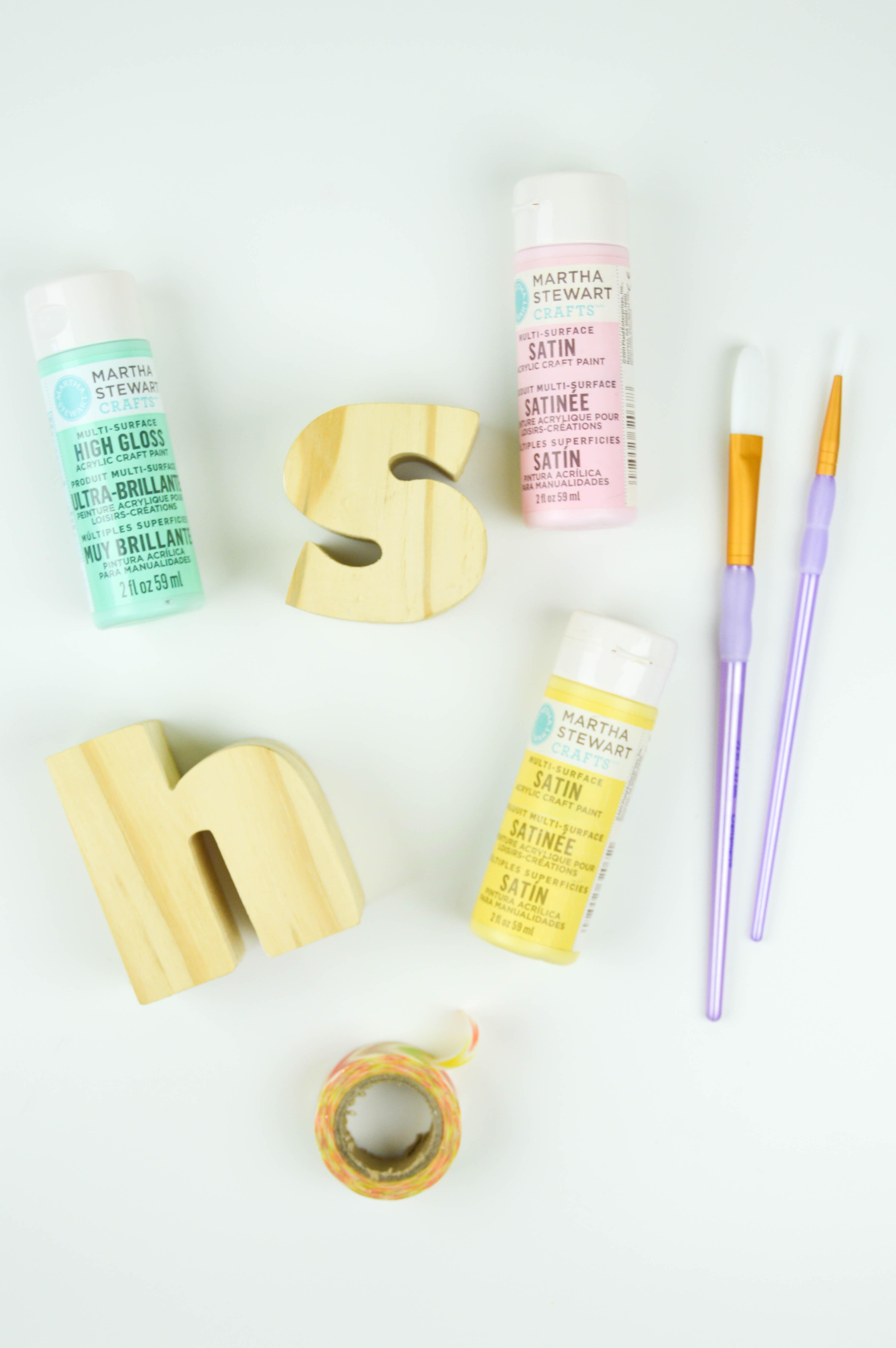 DIY Wood Alphabet Photo Holder | www.clubcrafted.com