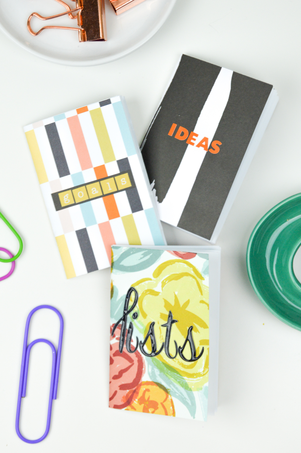 DIY Mini Notebooks | www.clubcrafted.com