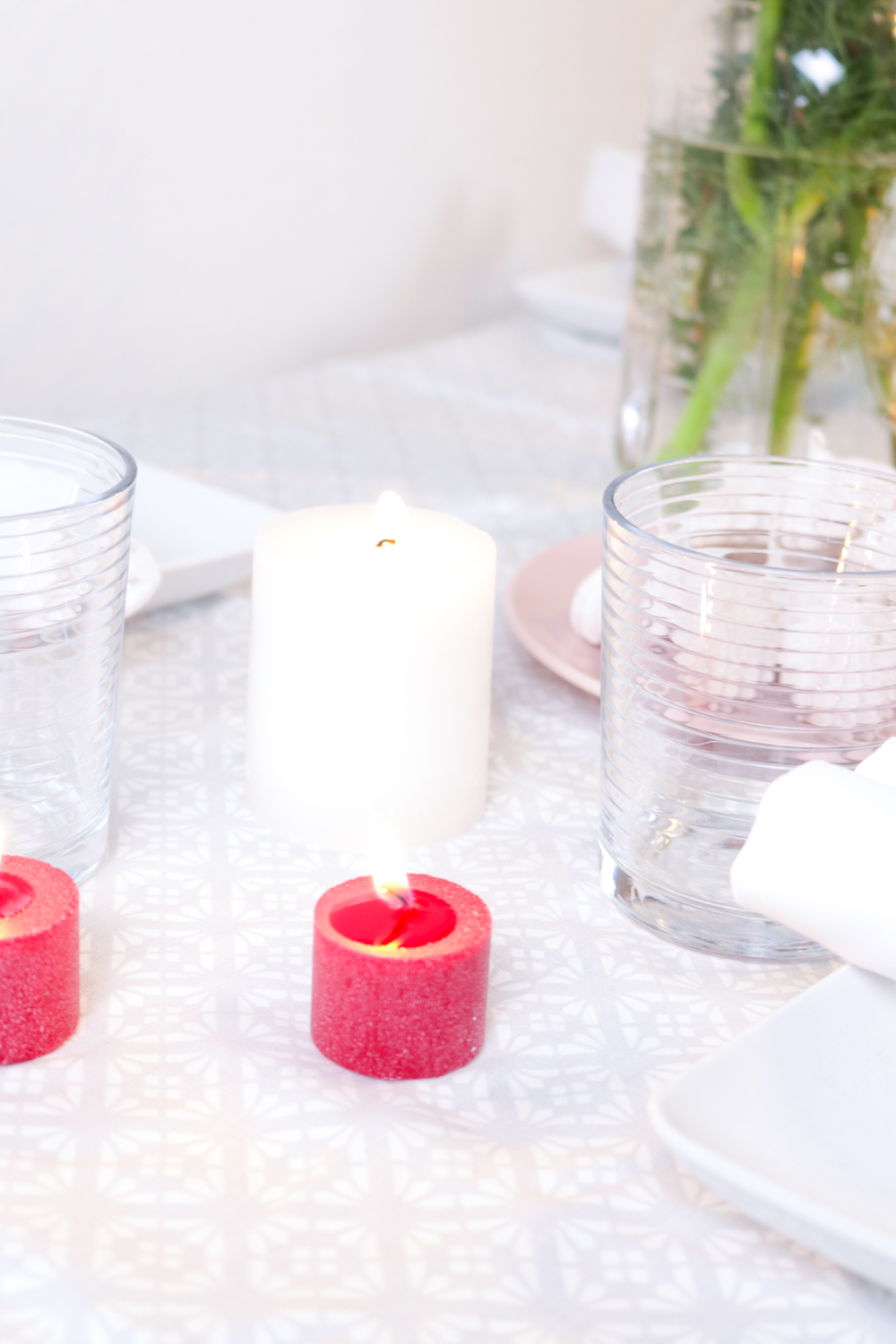 Holiday Table Decor   Club Crafted