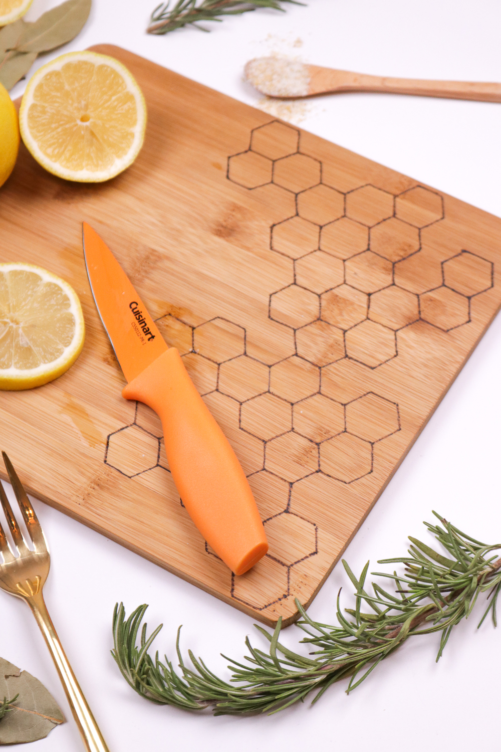 DIY Honeycomb Wood Burned Cutting Board | Club Crafted