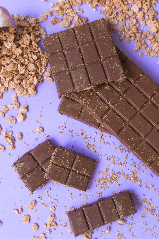 Spicy Cinnamon Crunch Chocolate Bars - Club Crafted