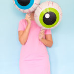 DIY Eyeball Balloons for Halloween