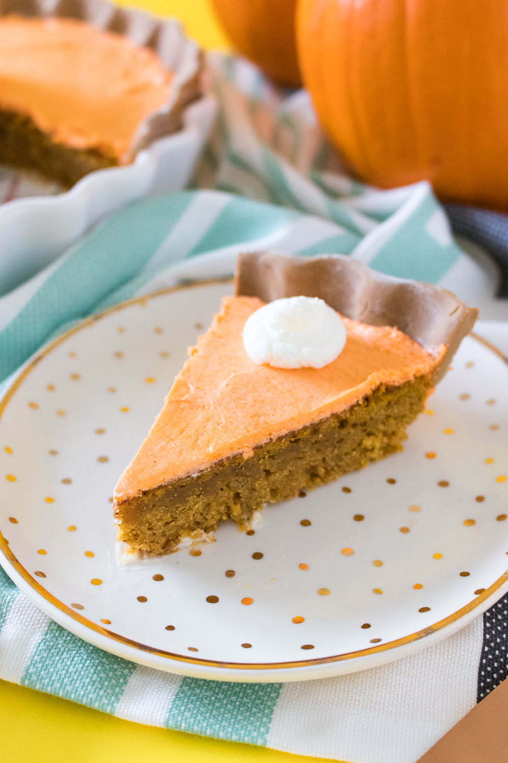 Pumpkin Pie Cake - Club Crafted